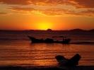 Nascer do Sol em Pontal do Sul, com a Ilha do Mel ao fundo