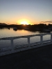 Vista do nascer do sol da ponte da Ilha dos Valadares